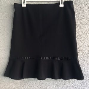 EXPRESS | Black Career Mini Flare Skirt